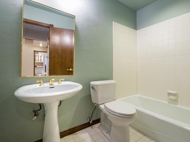 Esztétikus fürdőszoba szőnyeg szett 3 részes kivitelben - Hotel ...
