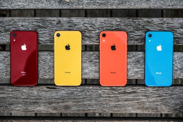 Tokok iPhone-hoz többféle színben